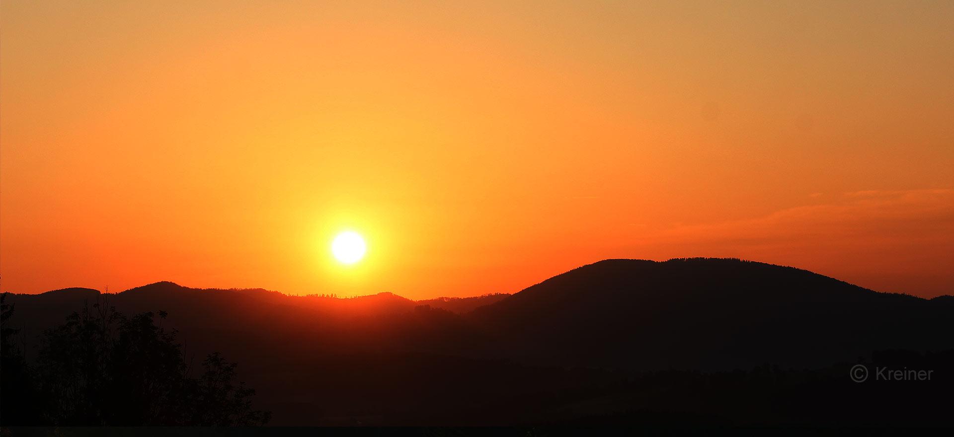 Sonnenaufgang im Naturpark Almenland